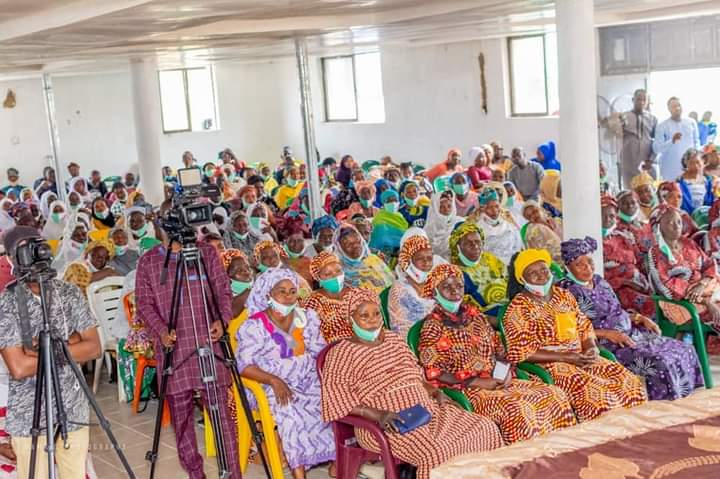 COVID-19: Rep Member, Bamidele Salam Doles Out Business Grants To Female  Constituents (Photos) - AmiLoaded News